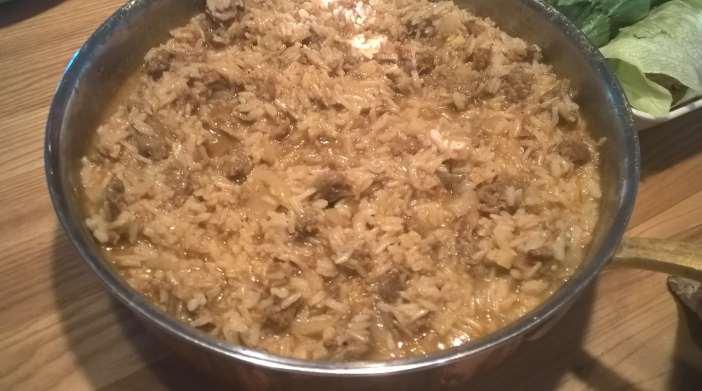Nyhtökauraa ja riisiä