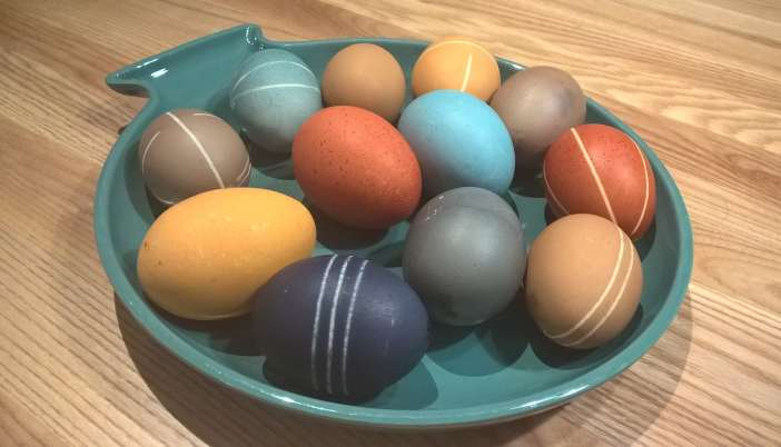 varjää kananmunat luonnollisesti