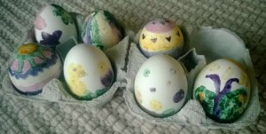 maalaa kananmunat luonnollisesti